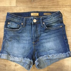 Wardrobe staple high waisted STS Blue shorts!